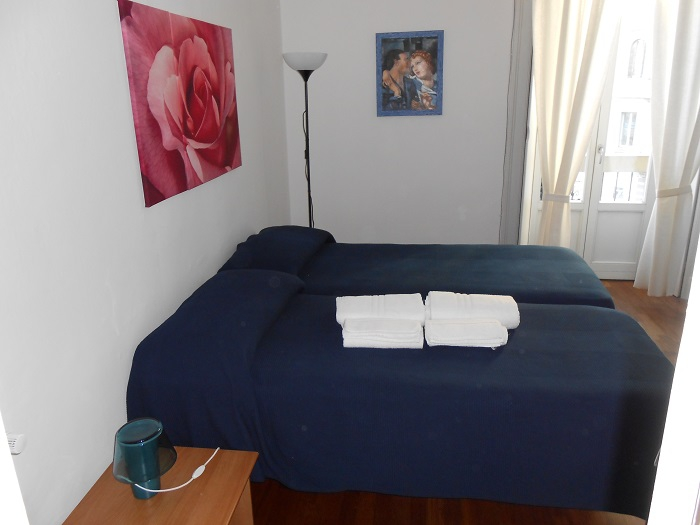Photogallery bed breakfast aldebaran milano for Bed and breakfast milano